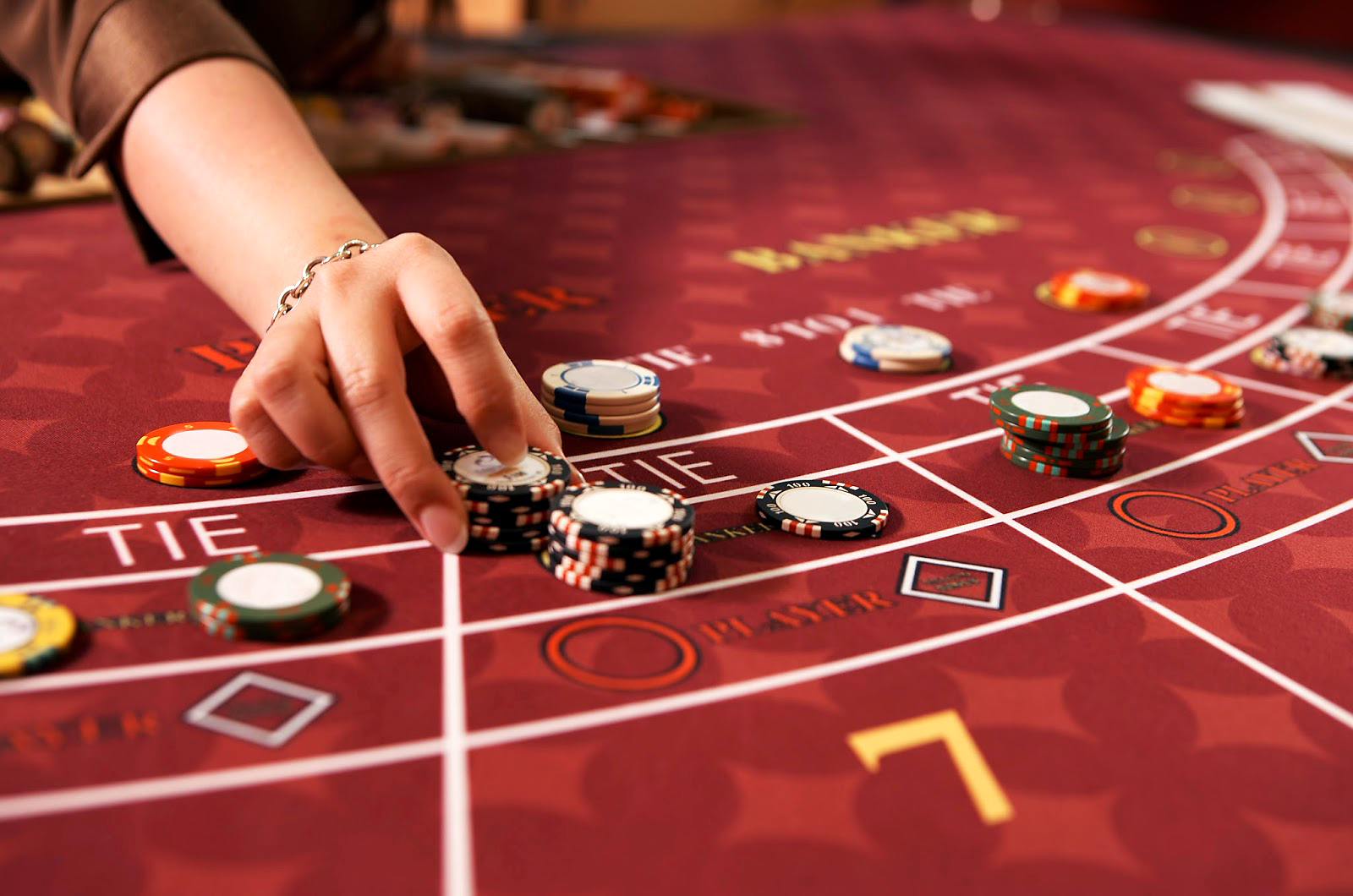 How can you win at baccarat? - (Table and Card Games ...